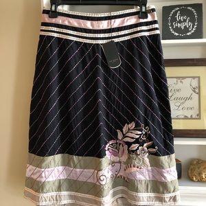 TED BAKER Black, green, lavender skirt size 4 (US)